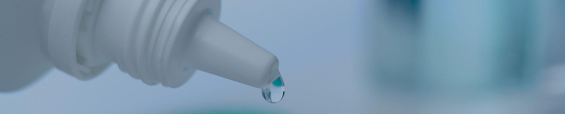 Solución para lentillas soltando gotas